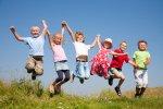 Springende Kinder
